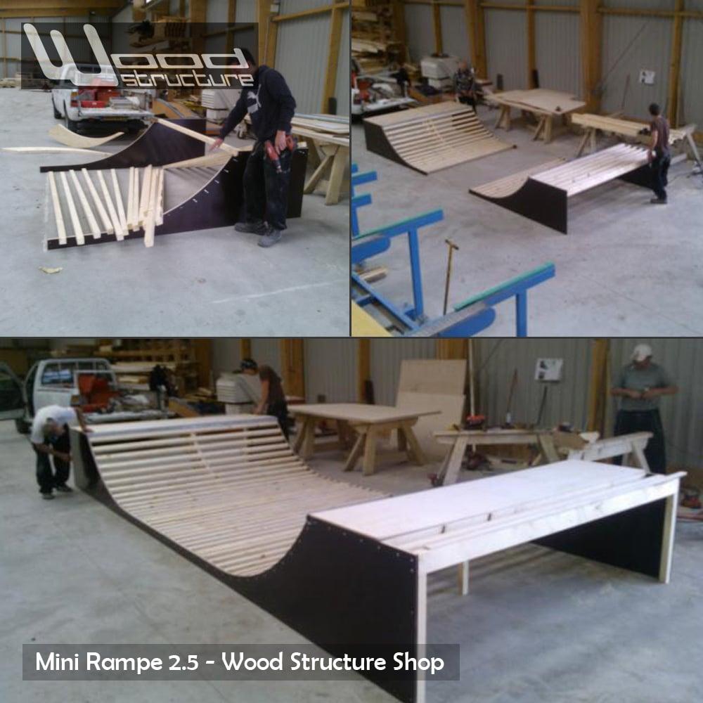 Mini rampe skate 2 5 design wood structure for Bureau skate shop