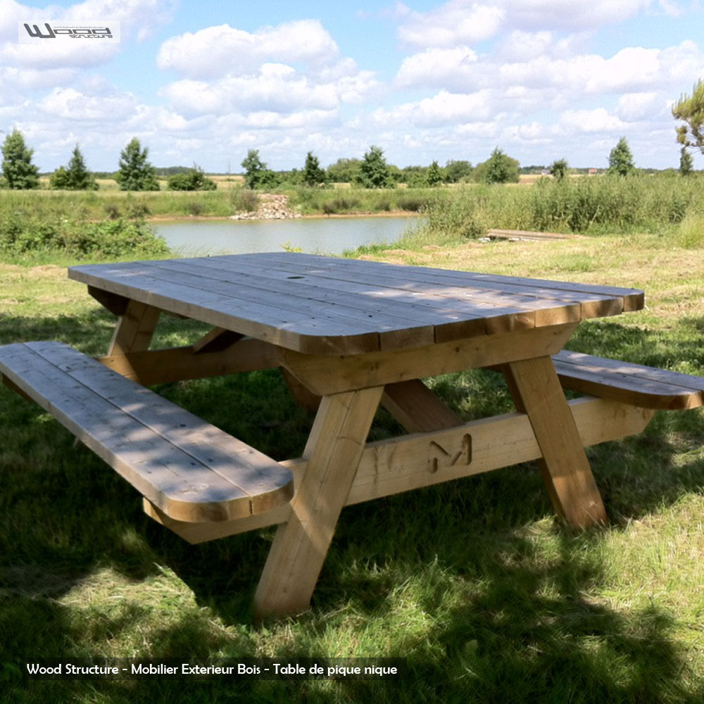 Table pique nique table de jardin wood structure for Plan de construction table de jardin en bois