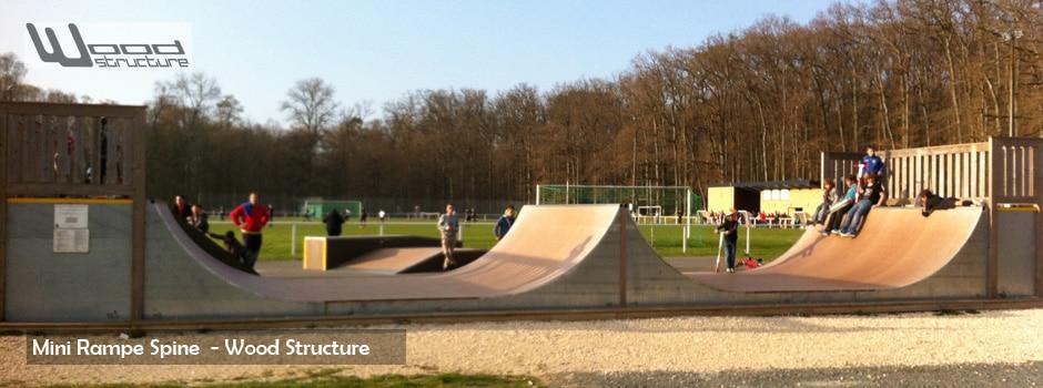 Rampe de Skate - Rampe Spine - Wood Structure Skatepark