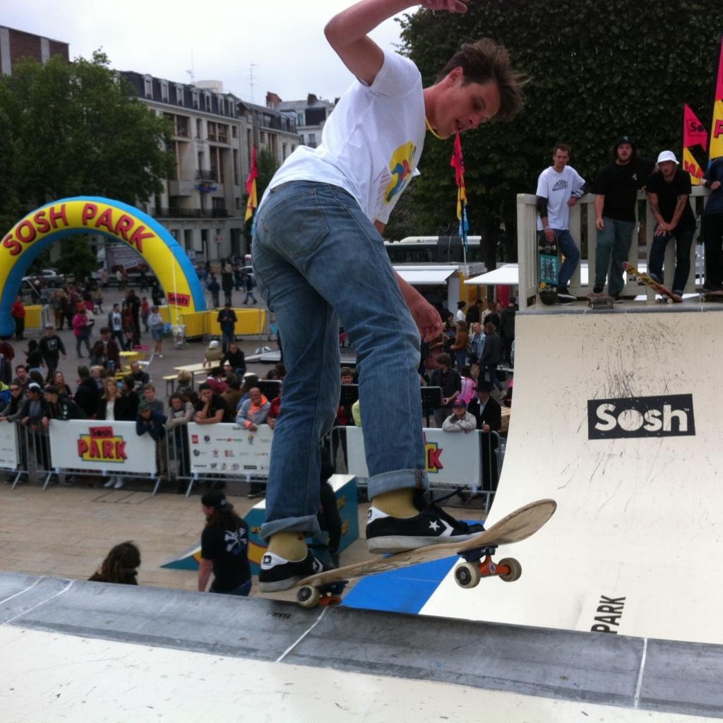 Sosh Park à Lille - Mai 2015 - Street & Ramp Design by Wood Structure Skatepark