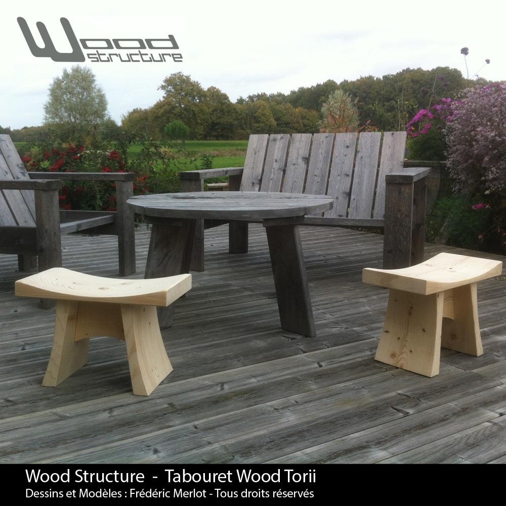 Tabouret Wood Torii - Wood Structure - Mobilier bois en Sapin du Nord - Livré monté - Fabriqué en France à Richelieu (37) | Dessins et Modèles déposés par Frédéric Merlot - Tous droits réservés