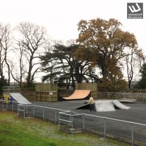 Rampe Skate au Skatepark de Champtoceaux (49) - Maine-et-Loire - Pays de la Loire - Par Wood Structure - Concepteur et fabricant de Skatepark depuis 1990