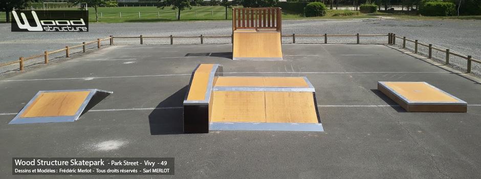 Quarter, Funbox et Modules Street fabriqués par la Sarl Merlot à Richelieu (37) et conçus par Wood Structure Skatepark , Fabricant de Skatepark depuis 1990