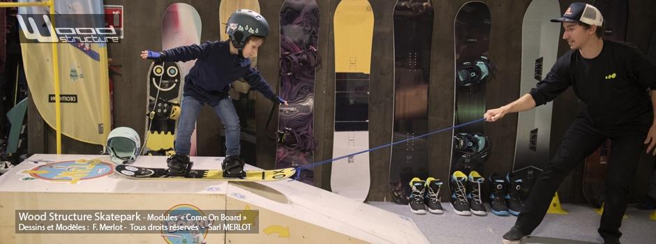 Modules d'initiation au Snowboard réalisés pour Decathlon - Comme on Board - Modules fabriqués par Wood Structure et la Sarl MERLOT Richelieu (37) - Concepteur et fabricant de Skatepark depuis 1990