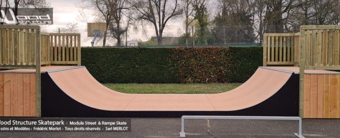 Rampe Skatepark de Authon (41) Loire et Cher - Centre Val de Loire - Rampe Skate H120L366 fabriquée par Wood Structure et la Sarl MERLOT Richelieu (37) - Concepteur et fabricant de Skatepark depuis 1990