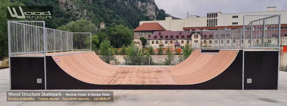 Mini Rampe XXL - Skatepark de Besançon (25) Doubs - Région Bourgogne-Franche-Comté - Rampe Skate H120L854 fabriquée par Wood Structure et la Sarl MERLOT Richelieu (37) - Concepteur et fabricant de Skatepark depuis 1990